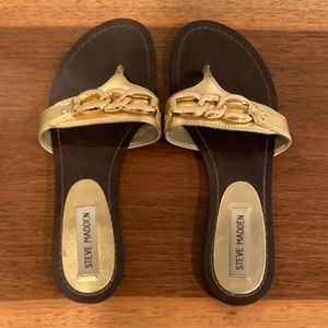 Steve Madden Metallic Gold Thong Sandal